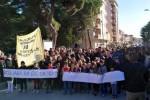 Migranti, a Siculiana corteo dei cittadini contro il centro di prima accoglienza