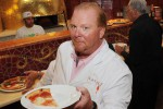 Eataly a Los Angeles divorzia dallo chef Mario Batali dopo le accuse di molestie