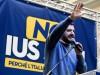 Berlusconi pronto ad accogliere candidati ex M5s, ma Salvini frena: