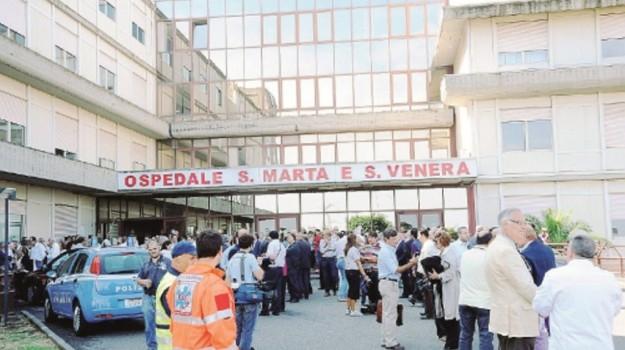 ospedale Acireale, Catania, Cronaca