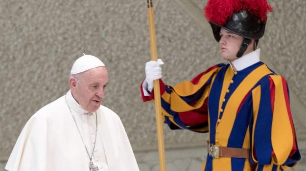 natale vaticano, Papa Francesco, Sicilia, Cronaca