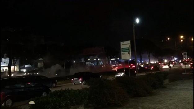 bombe carta viale regione, tifosi catania, Palermo, Cronaca