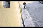 Sorelle uccise in casa a Ramacca Assassino tornato sul luogo del delitto Le terribili immagini che lo incastrano