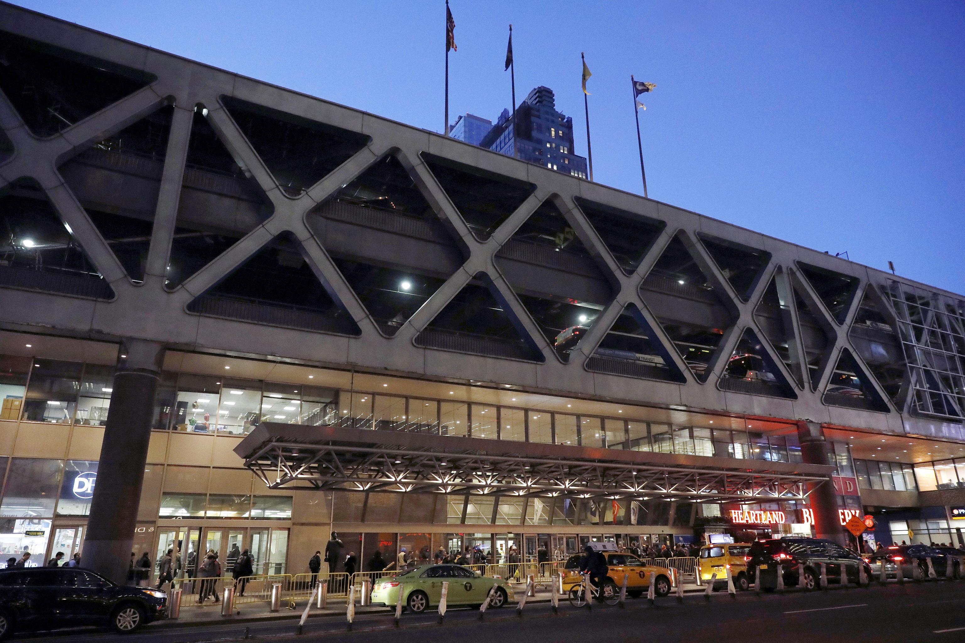 Attentato a New York: bomba esplode a Manhattan, potrebbero esserci dei feriti