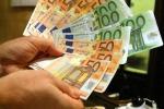 Eurozona: stabili risparmi famiglie
