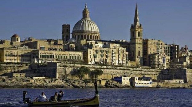 aggressione polizia malta, Messina, Mondo