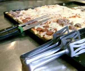 Self service divora energia, più di pizza a taglio e bar
