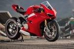 Lorenzo tiene a battesimo la Ducati Panigale V4