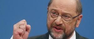 Germania, nell'Spd passa la linea di Schulz: si alla grande coalizione con la Merkel