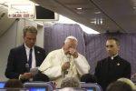 Abusi, il Papa si scusa: ho usato parole sbagliate e ferito le vittime