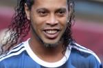 Ronaldinho lascia il calcio, l'annuncio del fratello-manager - Video