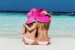 La vacanza di Michelle Hunziker e la figlia Aurora alle Maldive