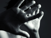 Picchiava e minacciava i familiari per denaro, arrestato 40enne di Paternò