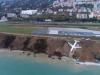 Aereo esce fuori pista in Turchia, atterraggio in extremis sulla scogliera: il video dall'alto