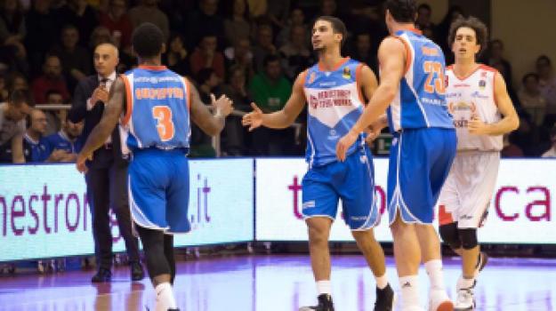 basket, cantù capo d'orlando, Messina, Sport