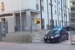 Abusa della figlia davanti ai nipoti, arrestato un uomo di Favara
