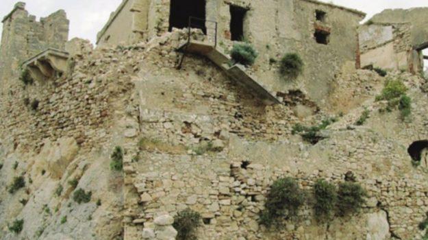 castello alcamo, Trapani, Economia