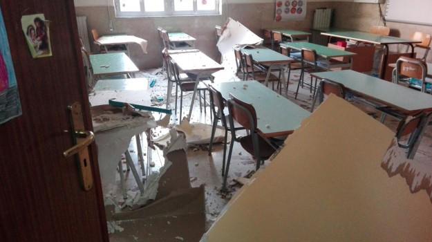 crollo soffitto scuola bagheria, Palermo, Cronaca