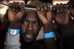 Ottocento migranti salvati nel Mediterraneo, ci sono anche due vittime