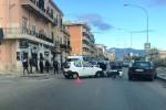 Scontro in via Messina Marine, traffico rallentato