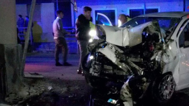 incidente terme vigliatore, Messina, Cronaca
