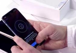 Iphone X, così funziona lo sblocco del volto Face ID