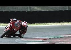 La Ducati Panigale V4in pista: ecco il video
