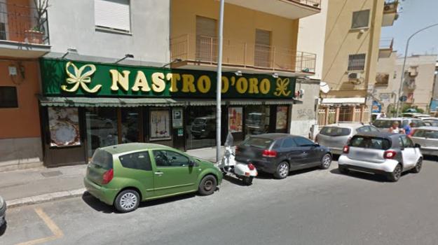chiusura nastro d'oro palermo, Palermo, Economia