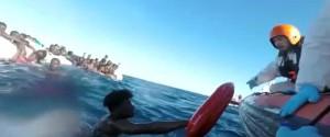 Naufragio dell'Epifania, sono 64 i migranti morti: i superstiti sbarcati a Catania