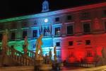 Palazzo delle Aquile si illumina col Tricolore per celebrare Palermo Capitale della cultura