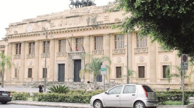 abusi a messina, Messina, Cronaca