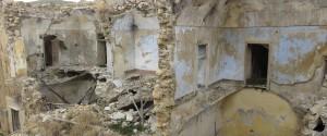 Una veduta dei ruderi di Poggioreale dopo il terremoto del Belice