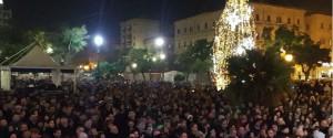 Capodanno al Politeama a Palermo: vietati petardi, bottiglie di vetro e spray al peperoncino