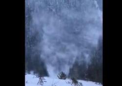 Polonia, escursionista filma uno spettacolare «snownado»: il video del raro fenomeno