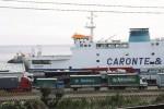 Il vento di scirocco fa insabbiare il porto canale di Tremestieri