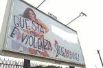 """""""Pubblicità sessista"""", il Comune oscura il cartellone contestato a Palermo"""