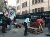 Palermo, Ballarò risponde ai vandali: piazza danneggiata ripulita dai cittadini