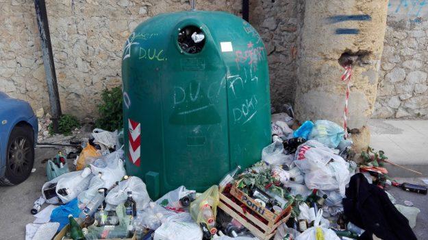 piano regionale rifiuti, rifiuti sicilia, Nello Musumeci, Sicilia, Politica