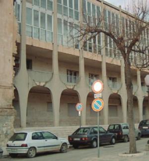 Scicli, la facciata della Lipparini: tornare al progetto del '700