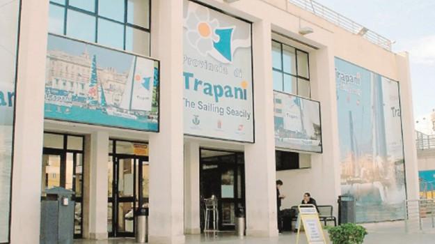 stazione marittima trapani, Trapani, Economia