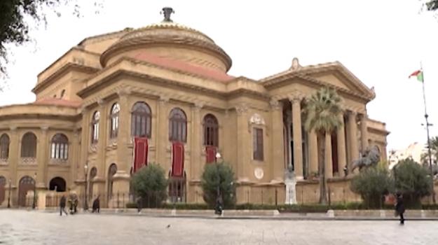 don chischiotte al Massimo, Sicilia, Palermo, Cultura