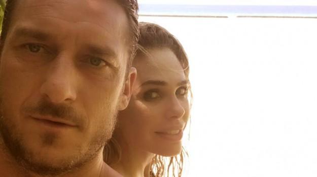Totti ed Ilary in vacanza alle Maldive, ecco le foto