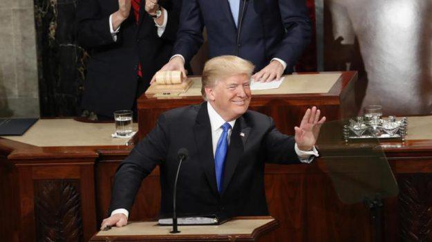 legge armi Usa, strage florida, Donald Trump, Sicilia, Mondo