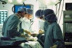 Riuscito il trapianto di faccia su una donna a Roma, 27 ore di intervento