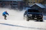 Jamie Barrow trainato da Maserati Levante su snowboard a 151,57 km/h