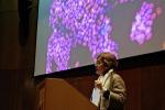 Elena Cattaneo a Cambridge, la scienza come impegno civile