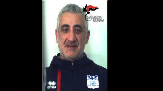 arresto valderice, picchia il suocero, Alfredo Pirro, Trapani, Cronaca