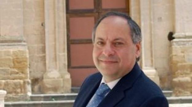caltagirone, Catania, Economia