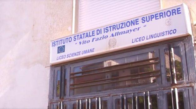 istituto allmayer alcamo, Trapani, Cronaca