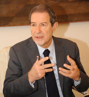 """Rifiuti, Musumeci: """"A dicembre presenteremo il piano regionale"""""""
